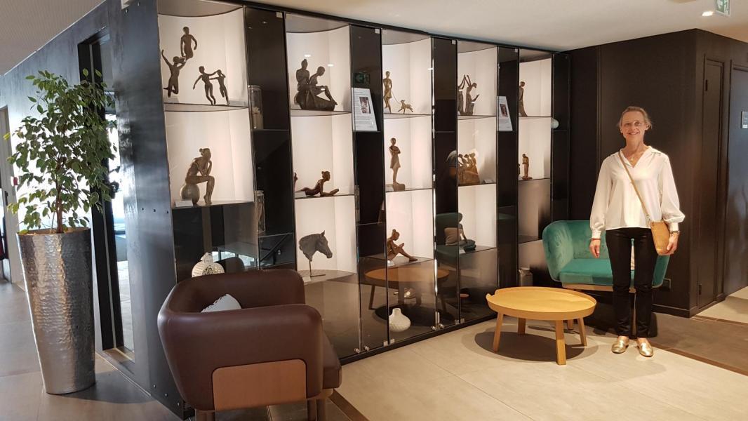 Exposition des sculptures bronze de nathalie lefort au novotel thalassa du touquet paris plage 2